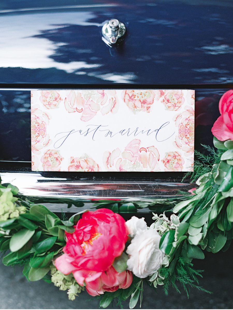 20. No ostentatious flash here, just sweetness and class for the back of this vintage getaway car. Crafted by  Written Word Calligraphy  and photographyby  Christie Graham Photography  . View the entire post  here  .