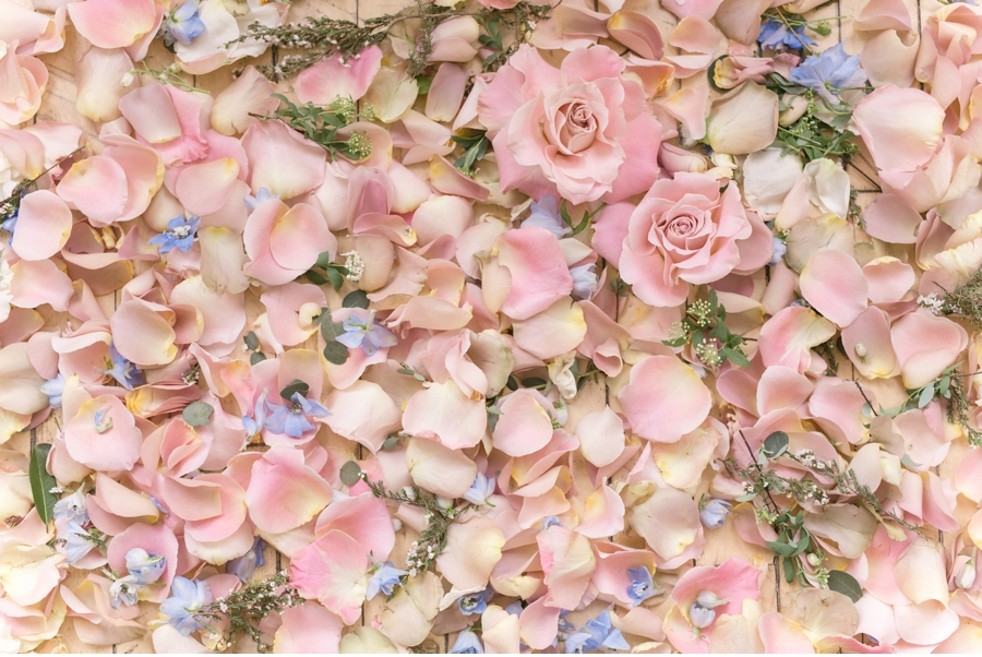 Rose-Petal-Ceremony-Decoration
