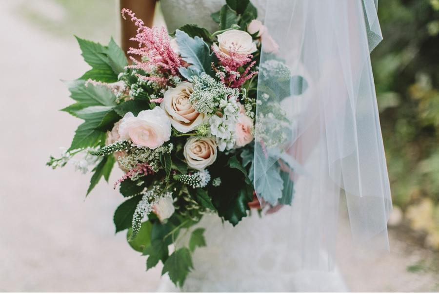Academy-Florists-Winnipeg