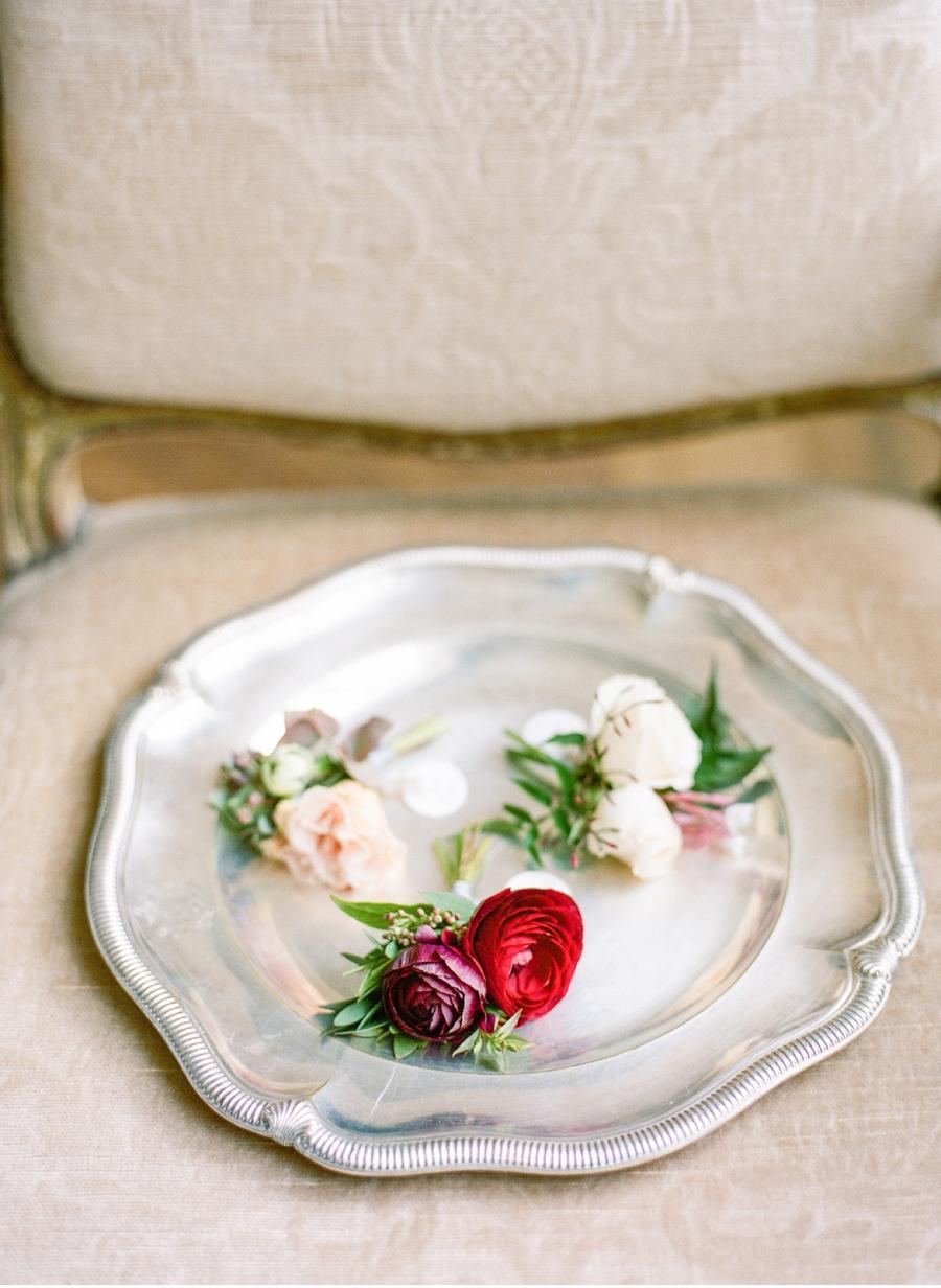 Wine-and-Blush-Wedding-Inspiration