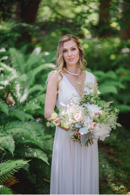 Bride-and-West-Coast-Ferns
