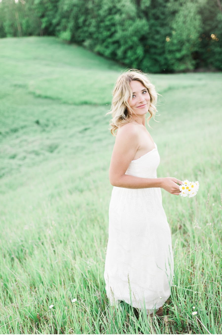 Bride-to-be-engagement-session