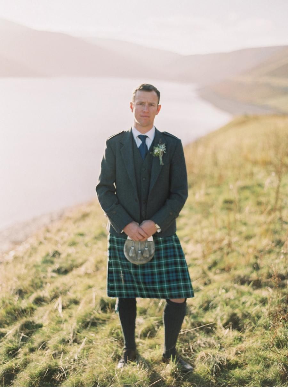 Groom-with-Kilt-Scottish-Elopement
