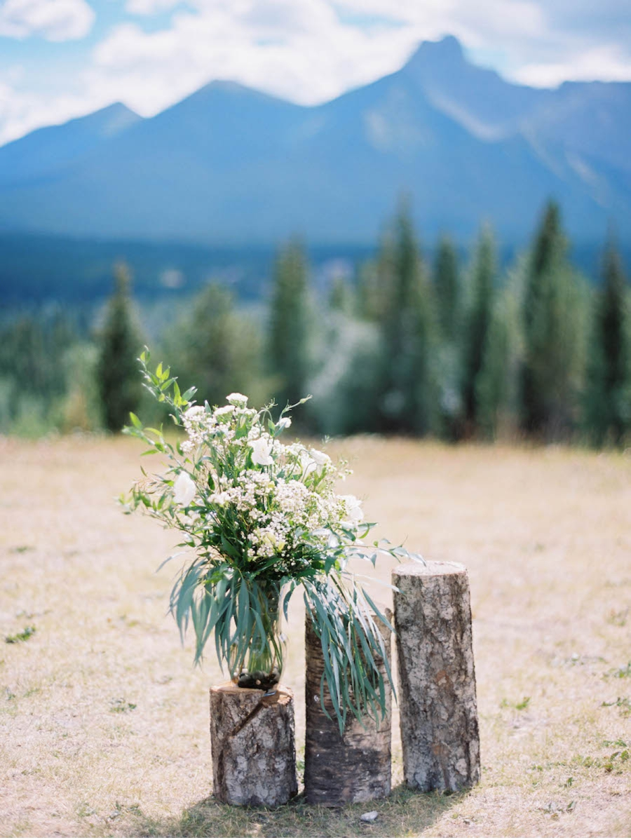 Rustic-Outdoor-Ceremony-Inspiration