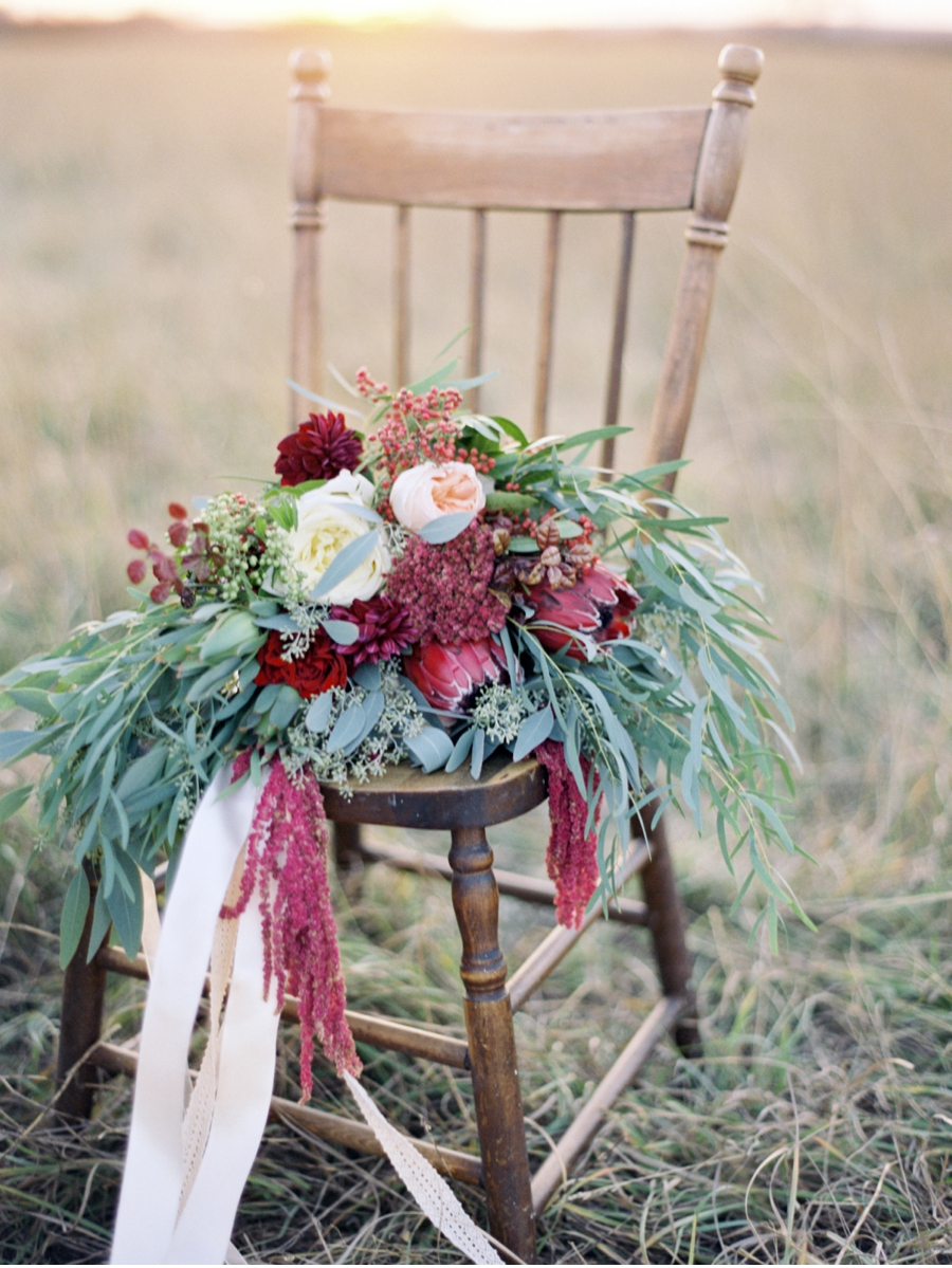Prairie-Chair-with-Holiday-Bridal-Bouquet
