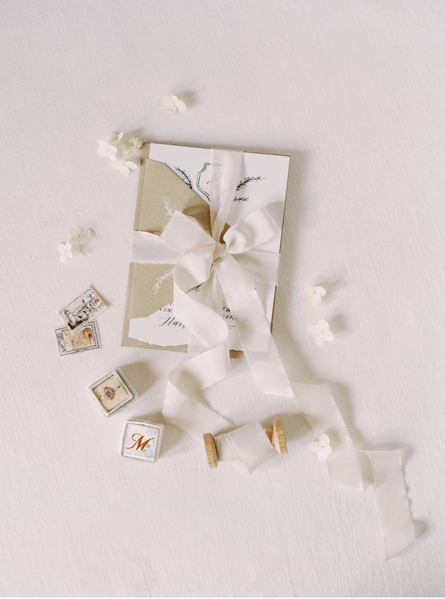 Invitation-Suite-with-Ribbon