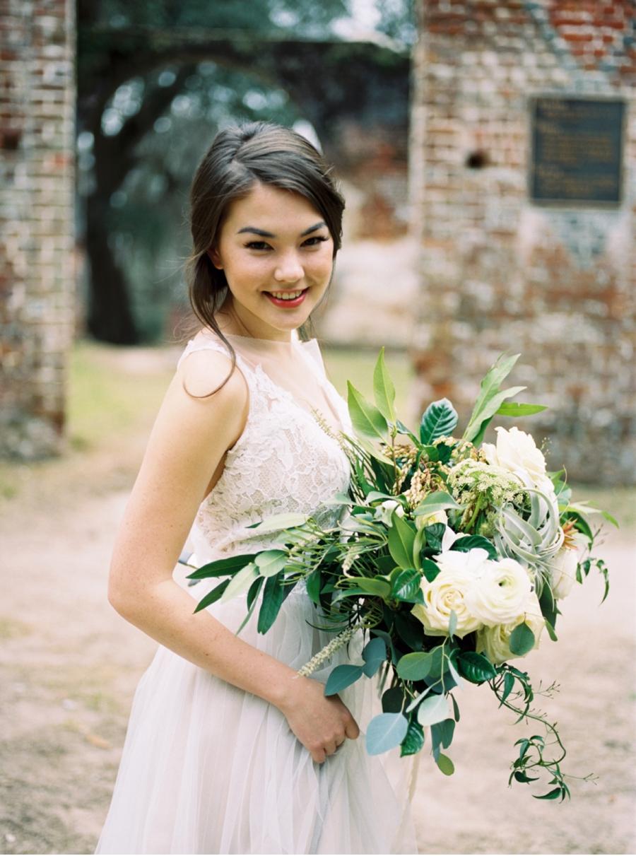 Loose-Floral-Bouquet