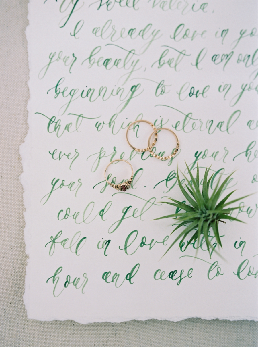 Wedding-Rings-and-Love-Letter