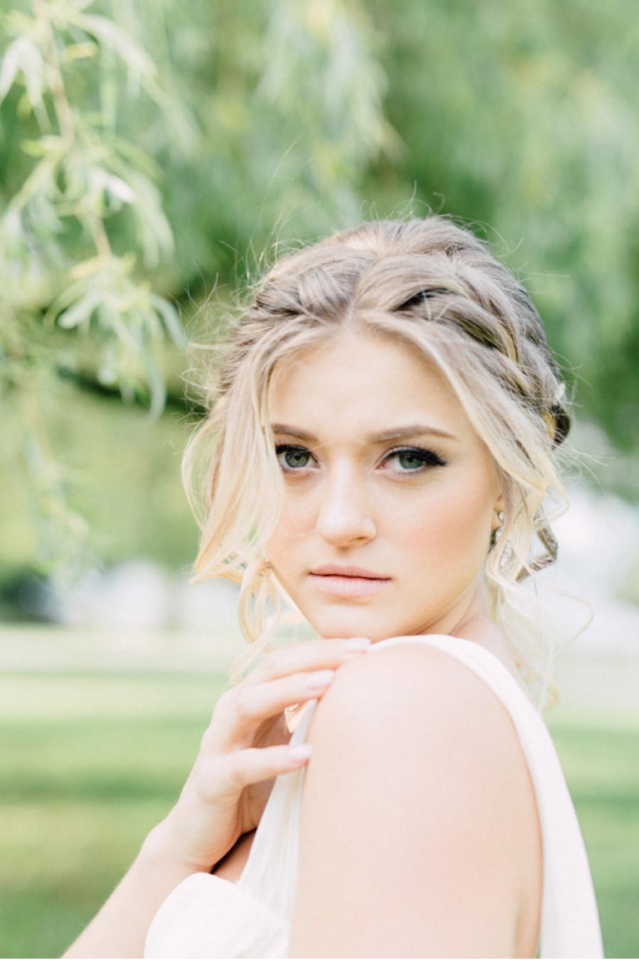 Canadian-Bridal-Portraits
