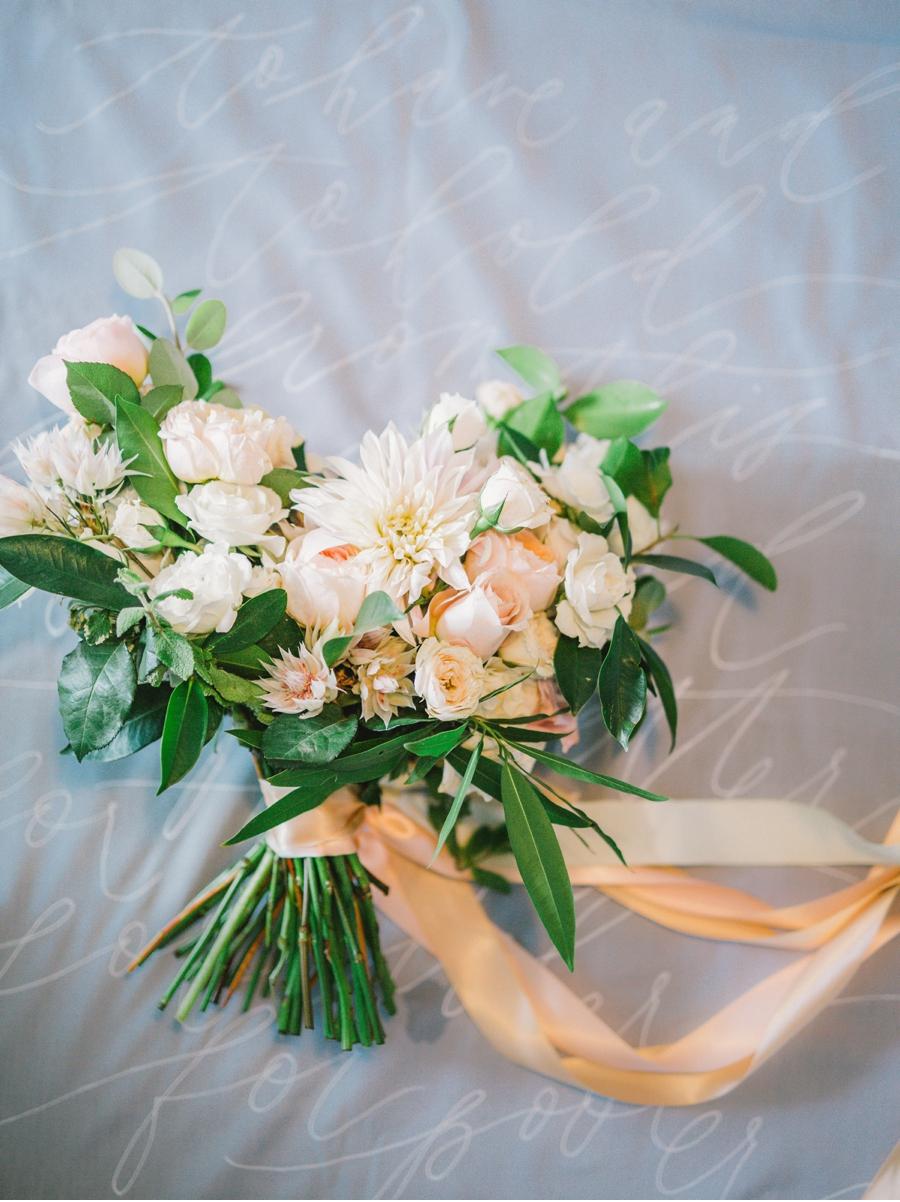 Sunset-Palette-Wedding-Bouquet