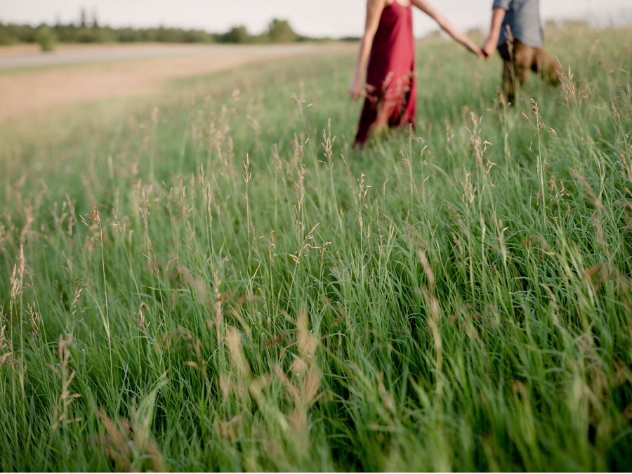 Engagement-Portraits-on-the-Canadian-Prairies