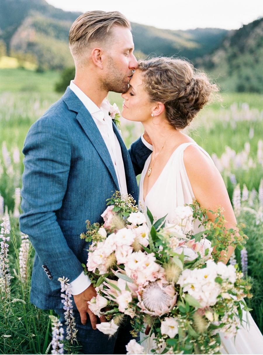 Vale-and-Vine-Wedding-Blog