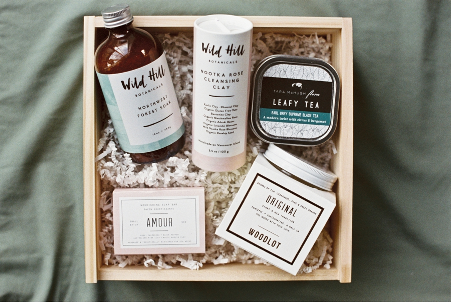 Handcrafted-Canadian-Spa-Set-for-Brides