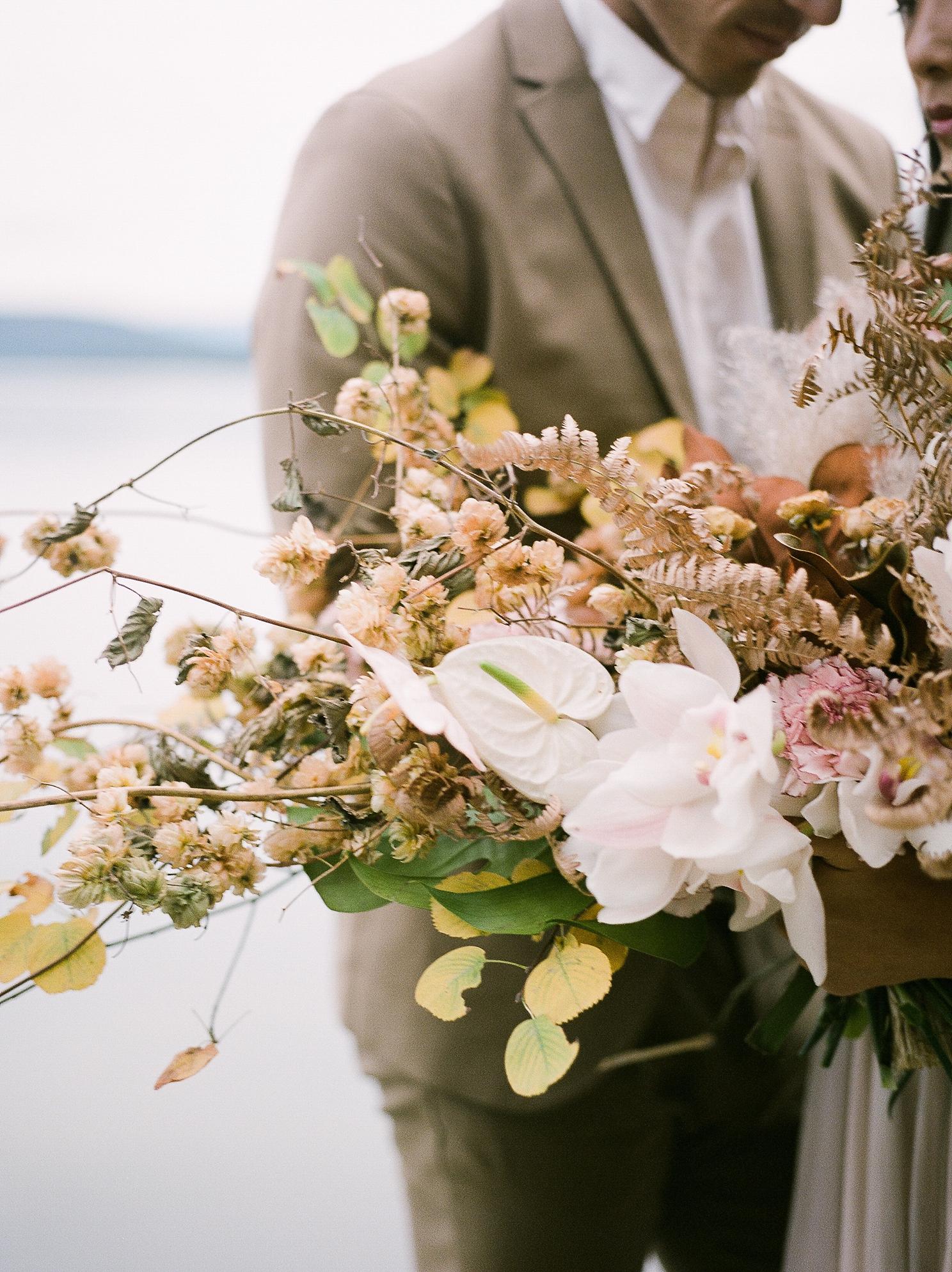 Keila-Marie-Photography-Galiano-Island-Wedding_0015.jpg