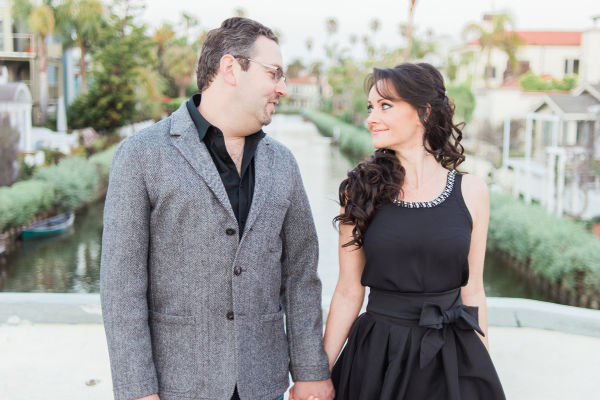 venice_canals_engagement_session-4.jpg
