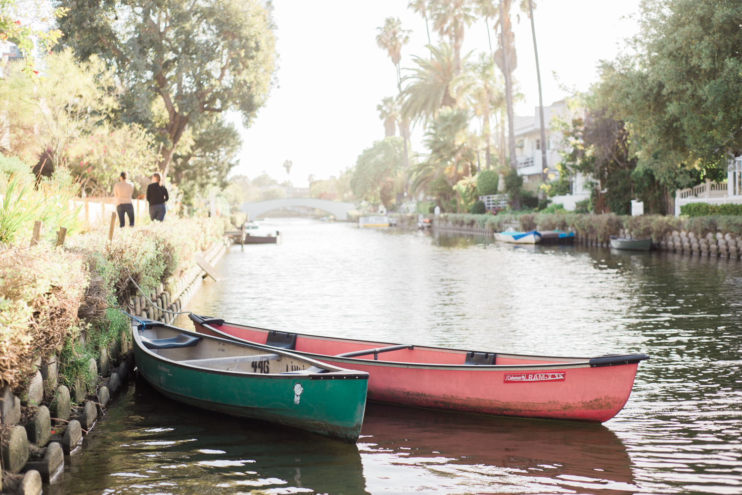 lauren&anthony-venice-canals-engagement-session-photography-los-angeles-wedding-photographer-venice-8.jpg