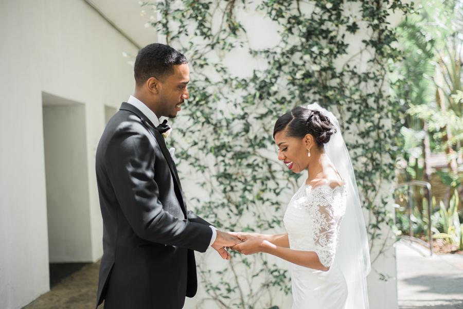 jessica&curtis_the_taglyan_complex_roosevelt_hotel_hollywood_wedding_los_angeles_photographer-20.jpg