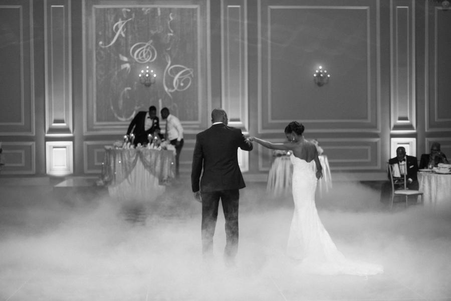 jessica&curtis_the_taglyan_complex_roosevelt_hotel_hollywood_wedding_los_angeles_photographer-44.jpg