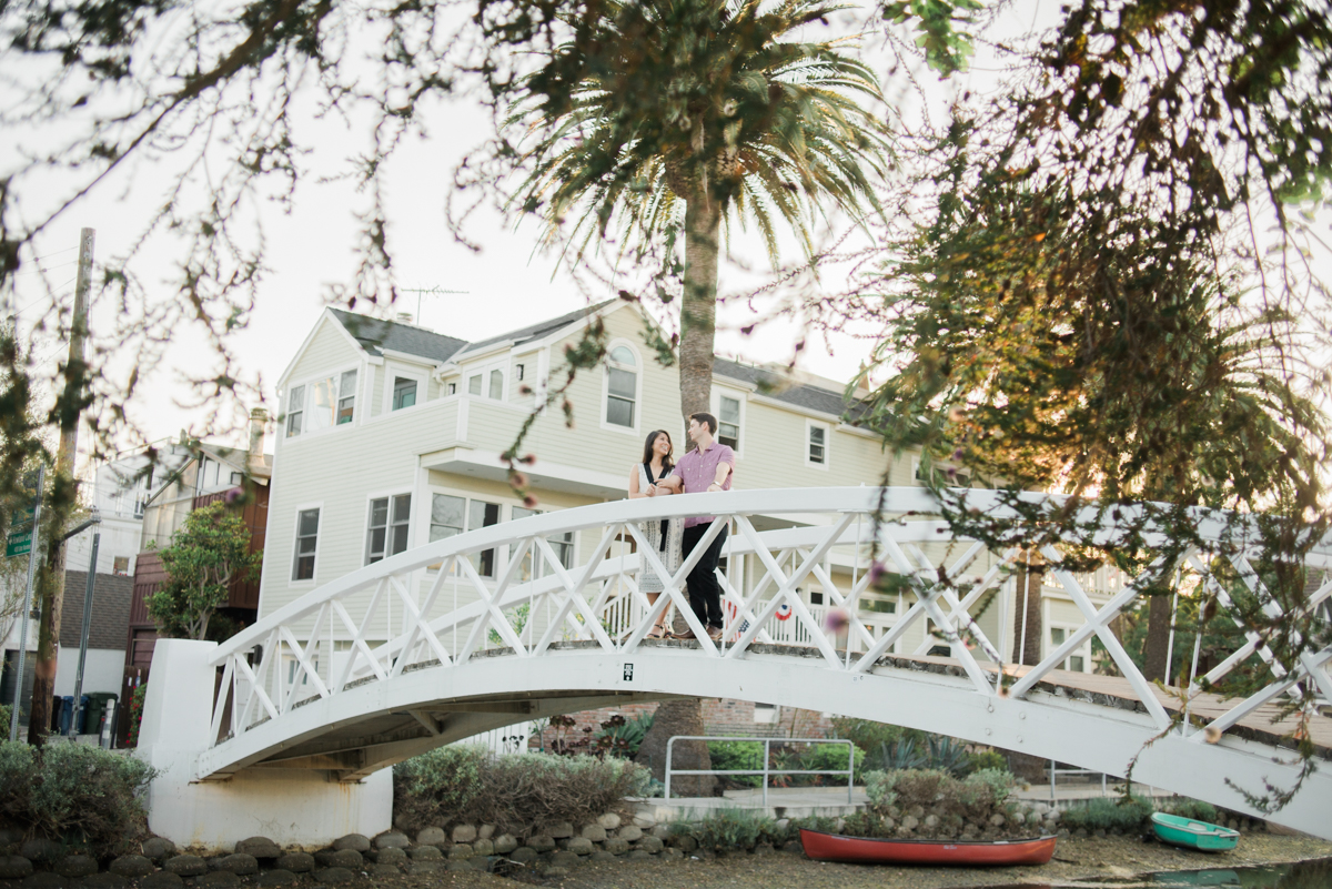 daisy&adam_venice_canals_engagement_session_photography_los_angeles_based_wedding_photographer-10.jpg
