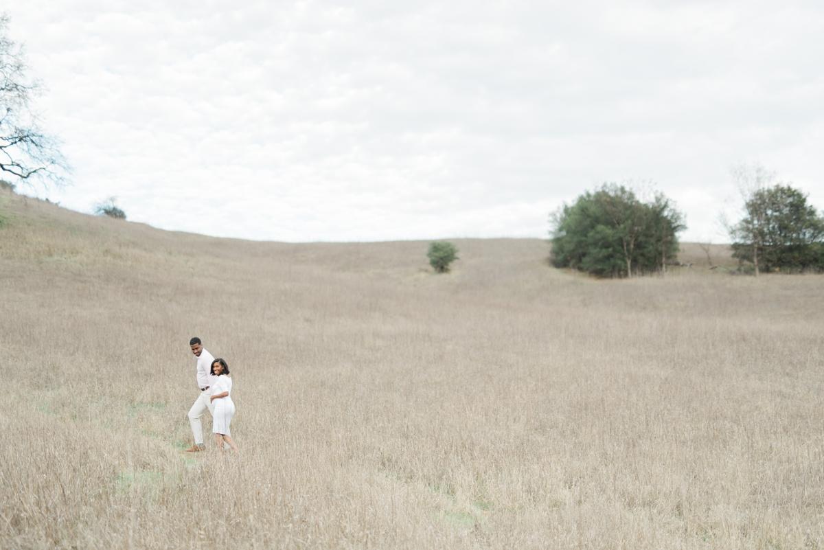 maternity_session_malibu_creek_state_park_los_angeles_wedding_photographer-14.jpg