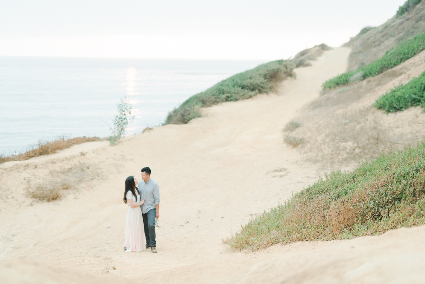 Palos_Verdes_Beach_Engagement_Session_Los_Angles_Fine_Art_Wedding_Photographer-11.jpg