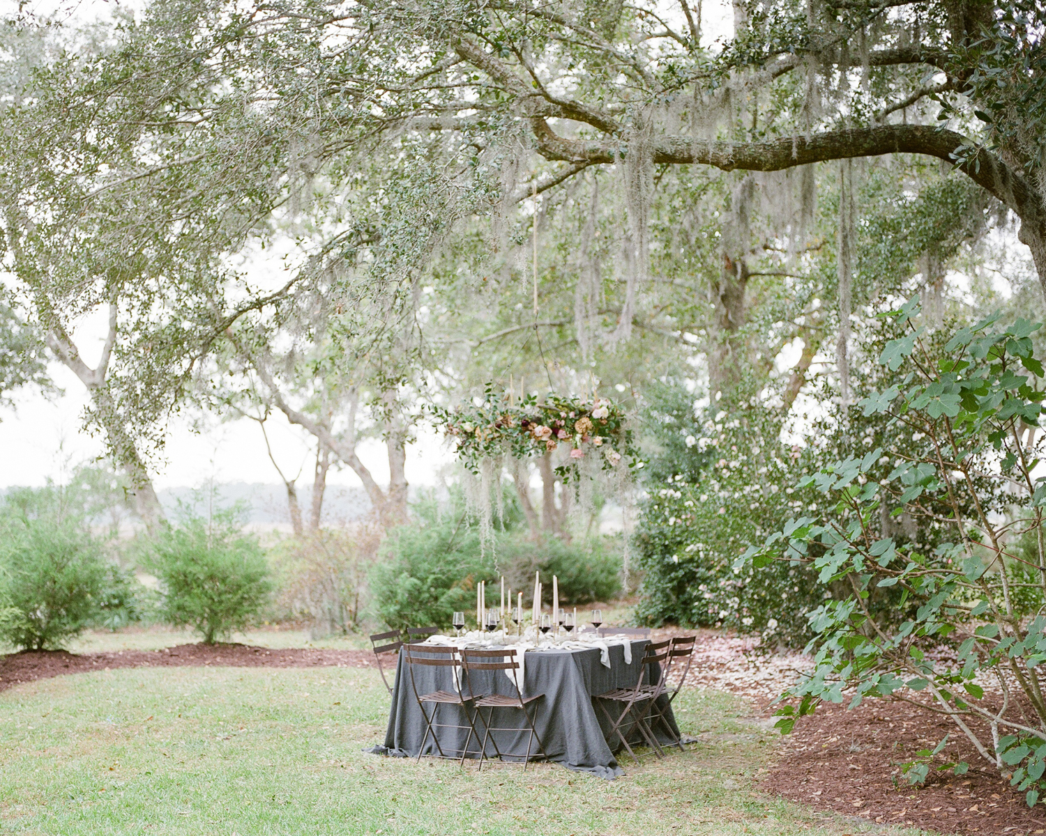 AKP_Film_wedding_photographer_los_angeles_river_oaks_south_carolina_romantic-10.jpg
