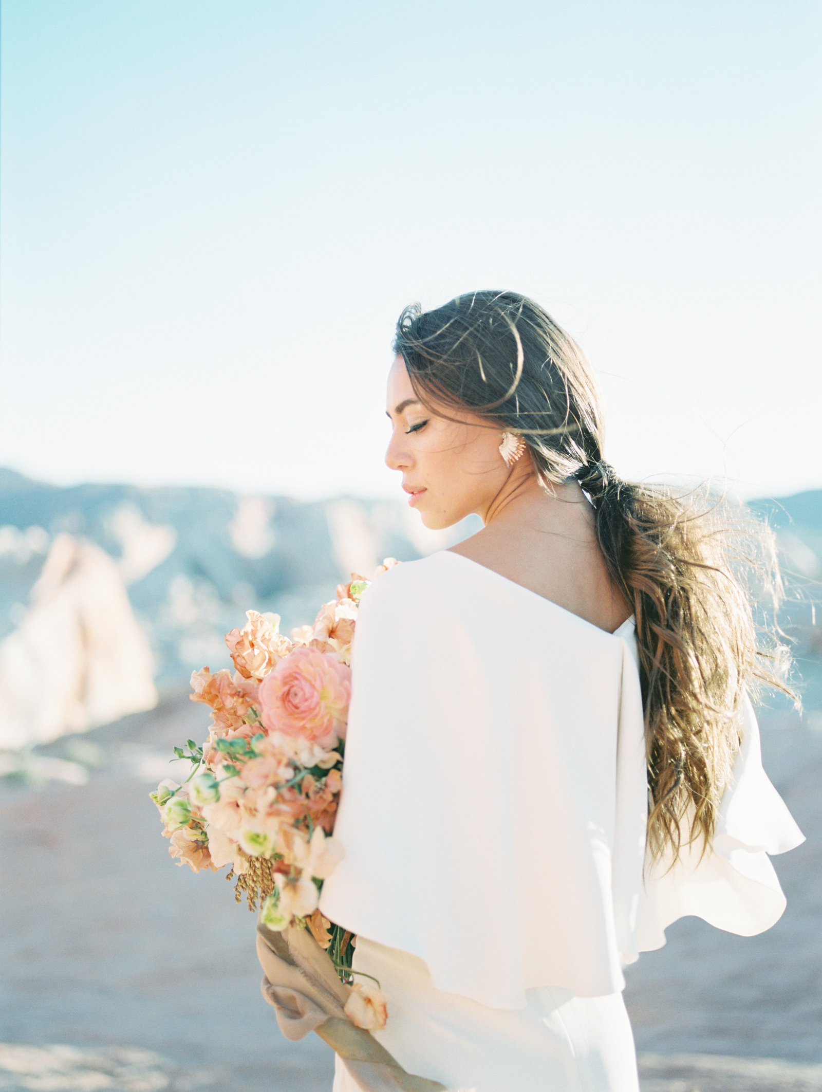 AKP_Desert_Wedding_Bridal_Shoot_Film_Fine_Art_Wedding_Photographer_Los_Angeles-4.jpg