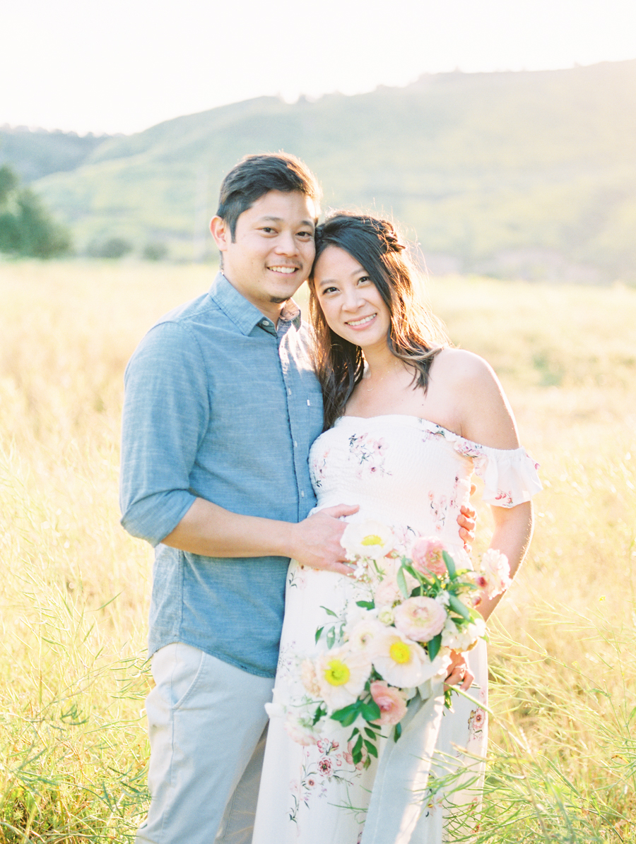 Maternity_Session_Family_Film_Photographer_Flower_Field_Los_Angeles_AKP-2.jpg