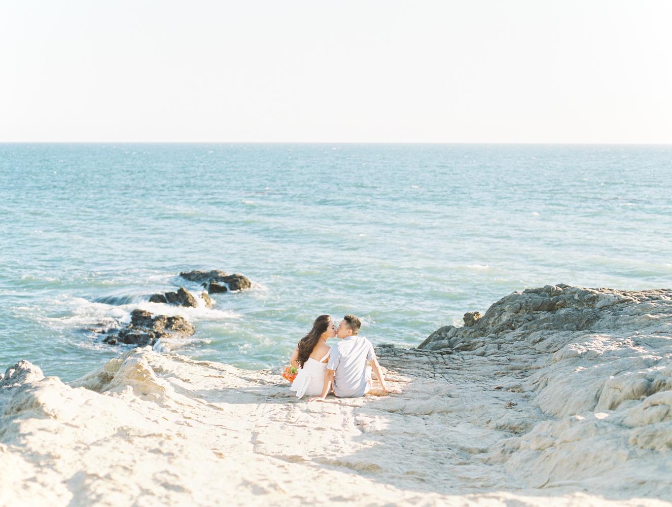 Leo_Carillo_Beach_Malibu_Engagement_Session_Anya_Kernes-2.jpg