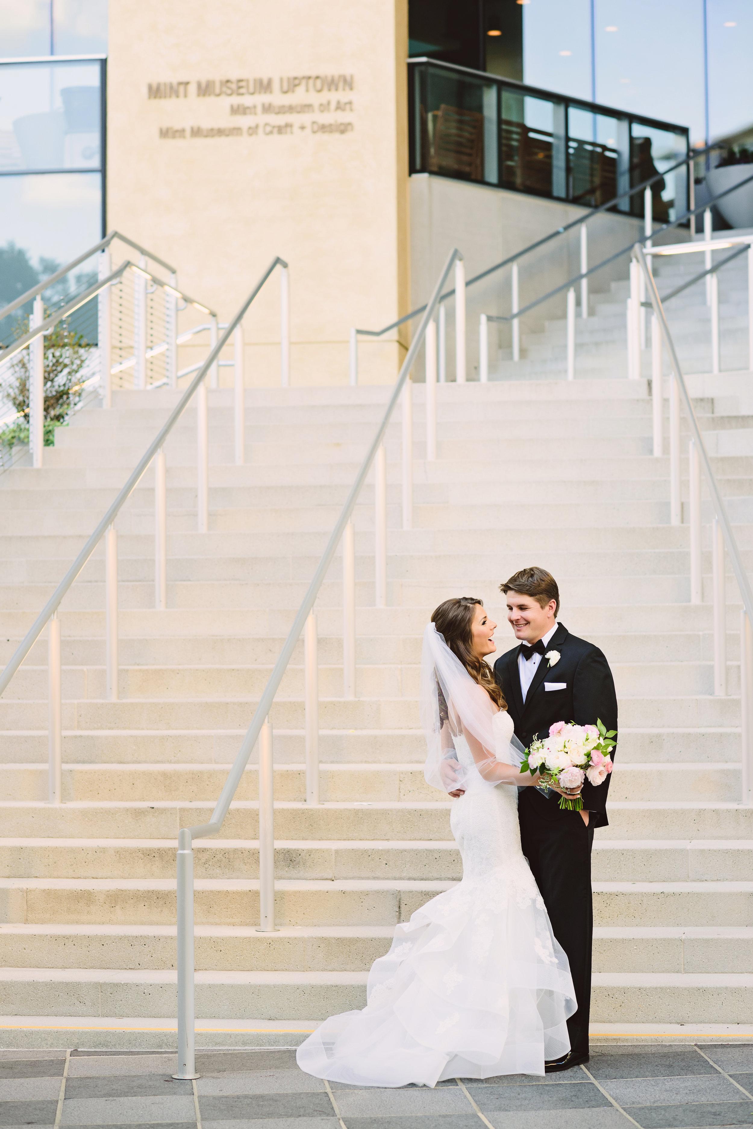 Monique Lhuillier wedding dress, Black tie wedding, Lace wedding dress, Wedding hair style, Veil, Uptown Charlotte Wedding venue, Mint Museum Uptown wedding in Charlotte, North Carolina by The Graceful Host