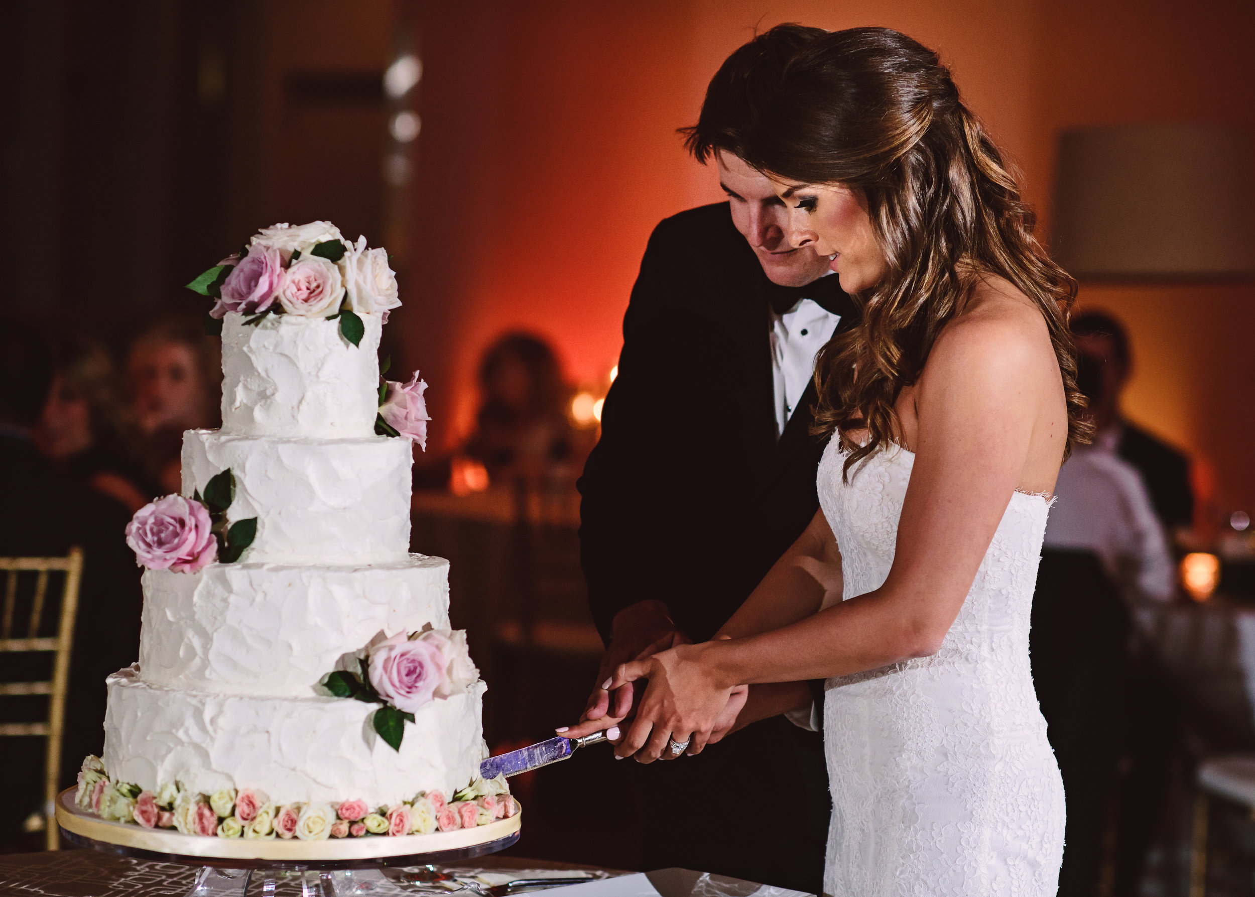 Wedding cake, Textured wedding cake, Wedding cake with flower clusters, Wedding hair style, Half up half down hair style, Mint Museum Uptown wedding in Charlotte, North Carolina by The Graceful Host