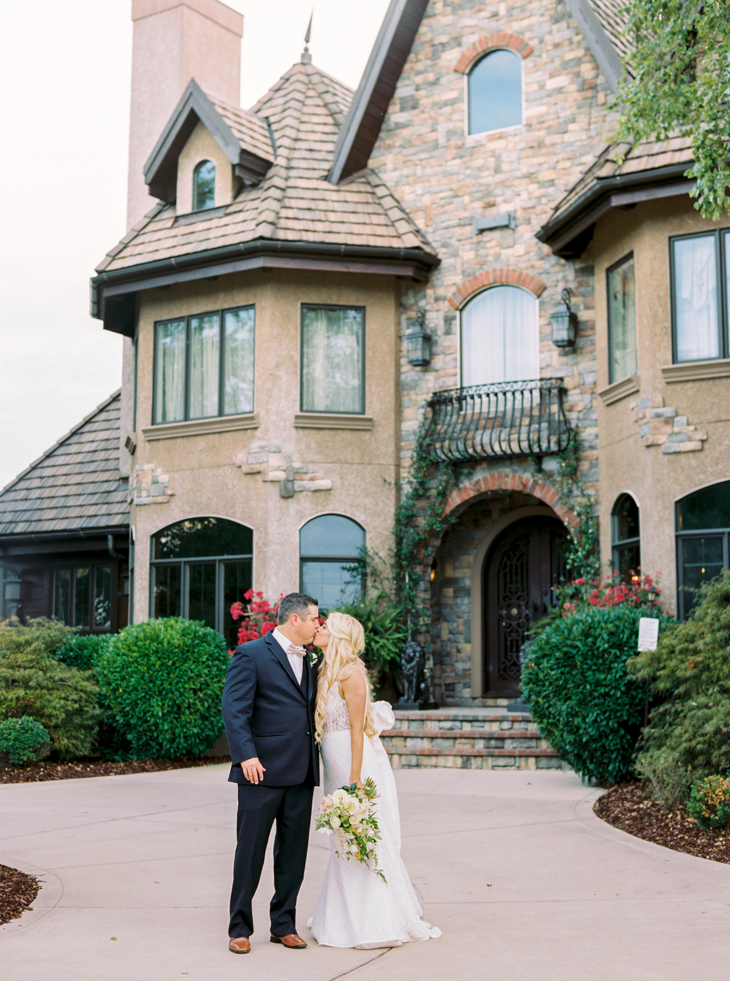 Champagne Manor - Charlotte NC Wedding - Perry Vaile Photography-299.jpg