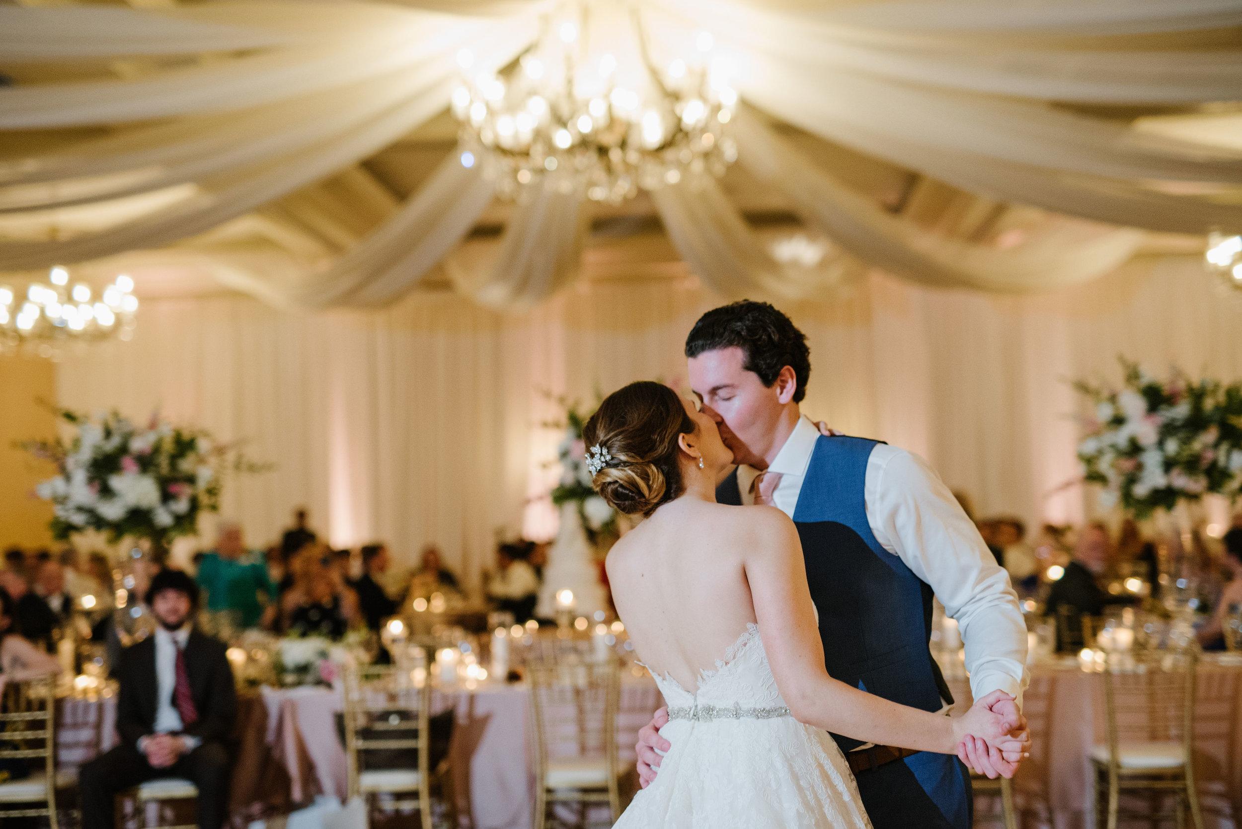 McElravey_Wedding_CarolineLimaPhotography_2018_329.jpg