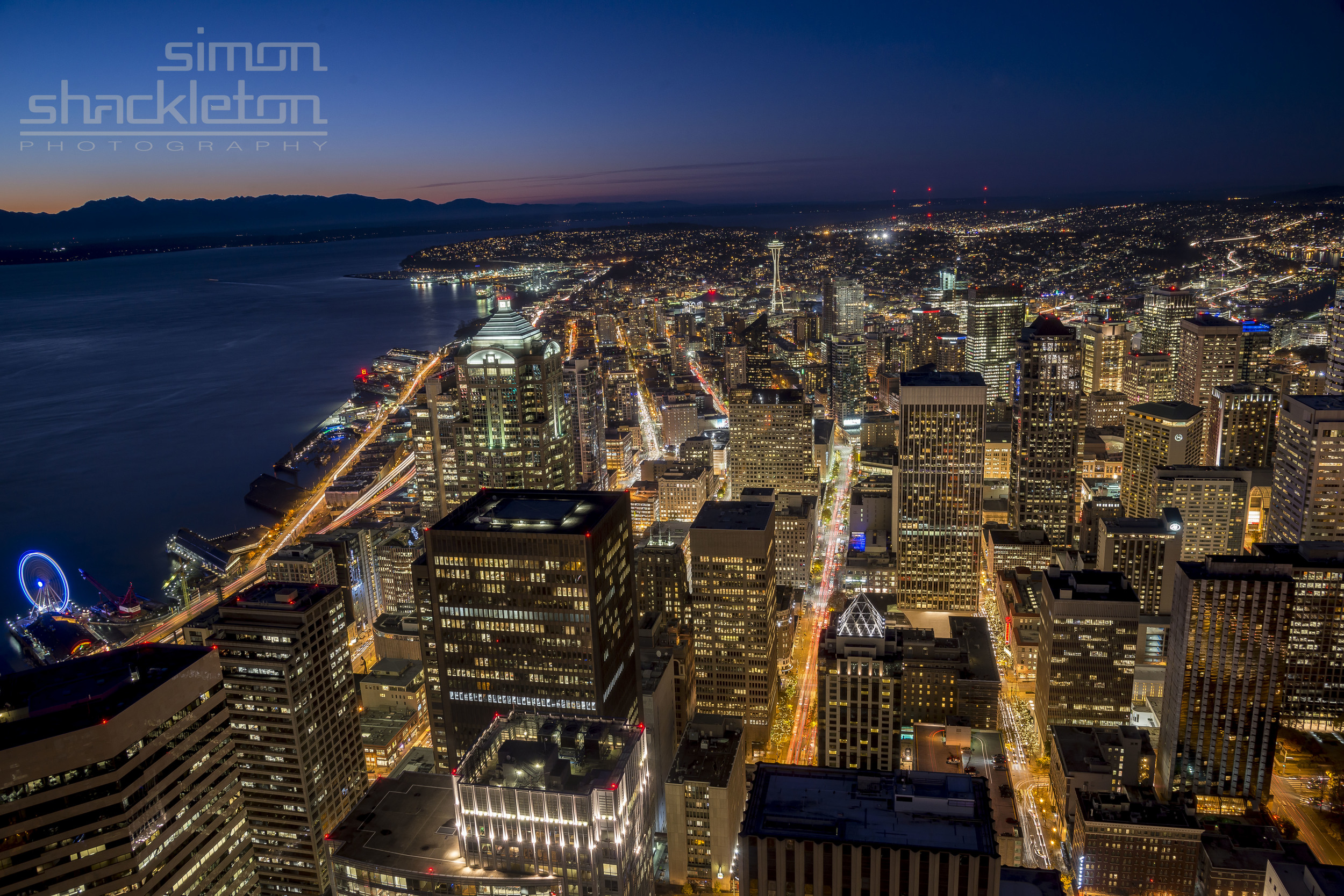 From the Skydeck ... Seattle yawns.