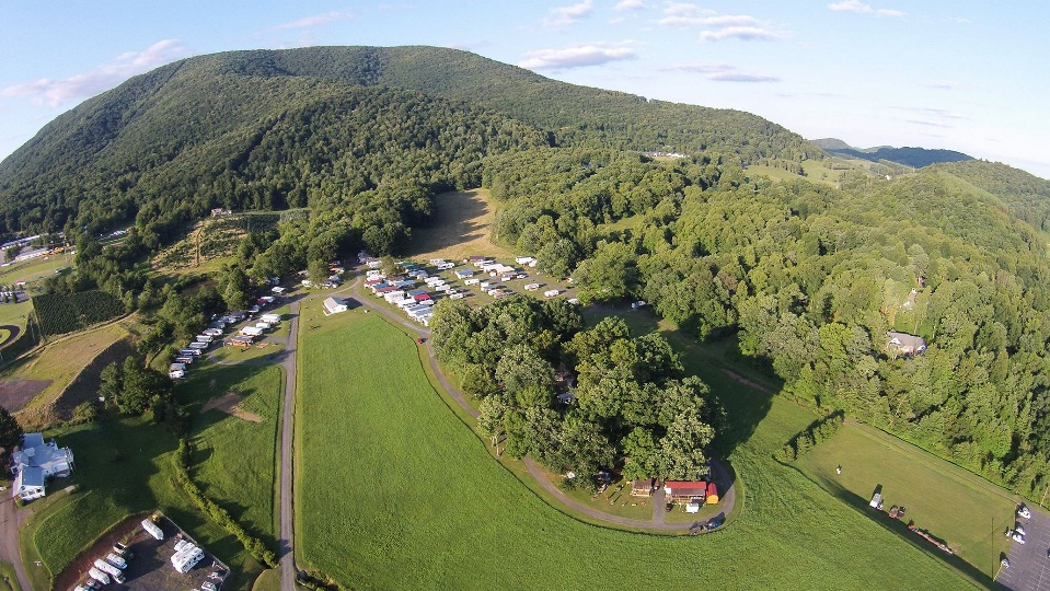 Photo by Randall DeWitt  http://www.greenfieldcampgroundnc.com