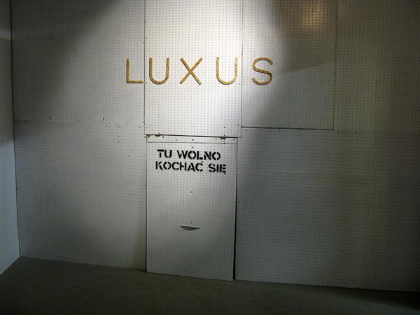 Intro: Luxus