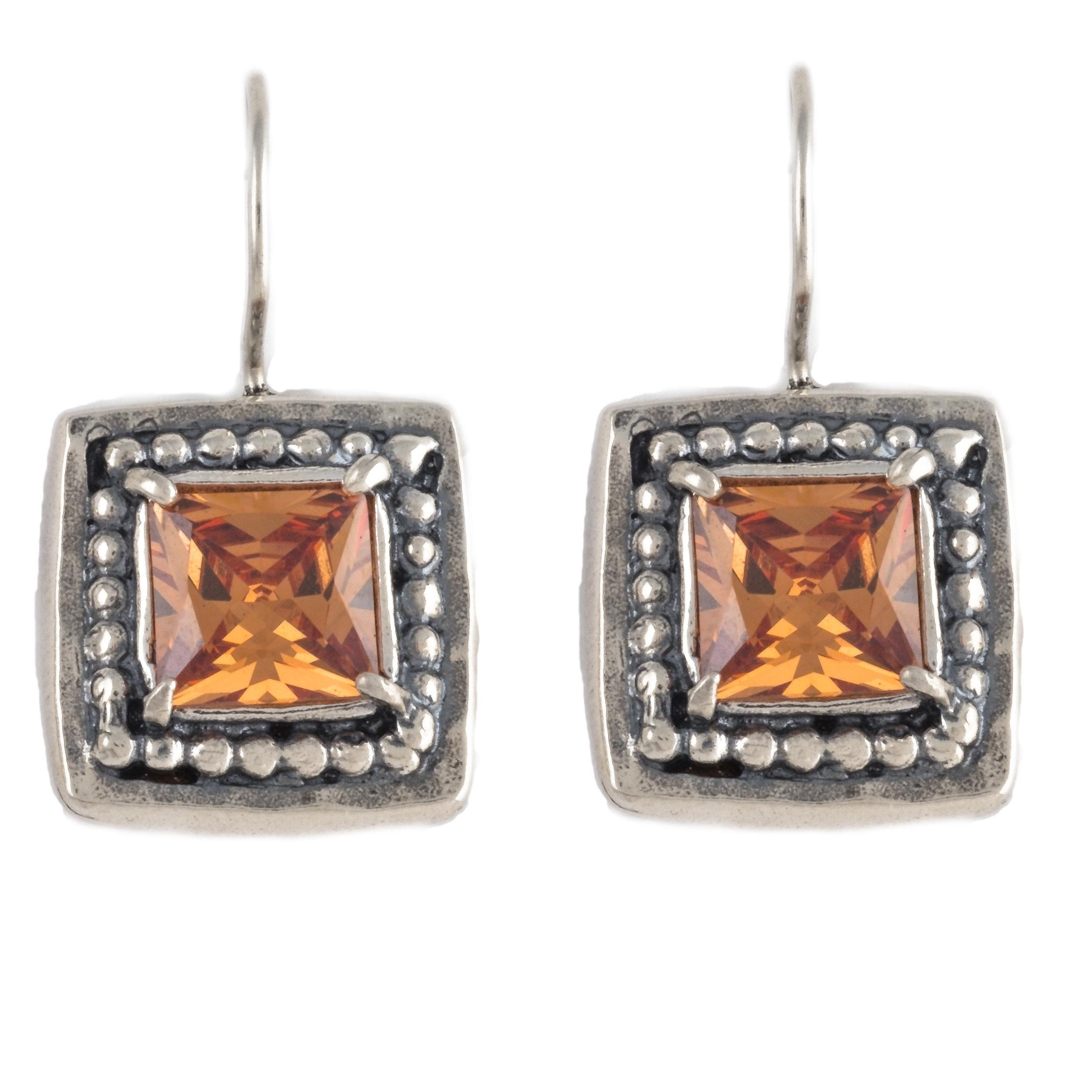 Earrings - 11717 (1 of 1)-Edit-2.jpg