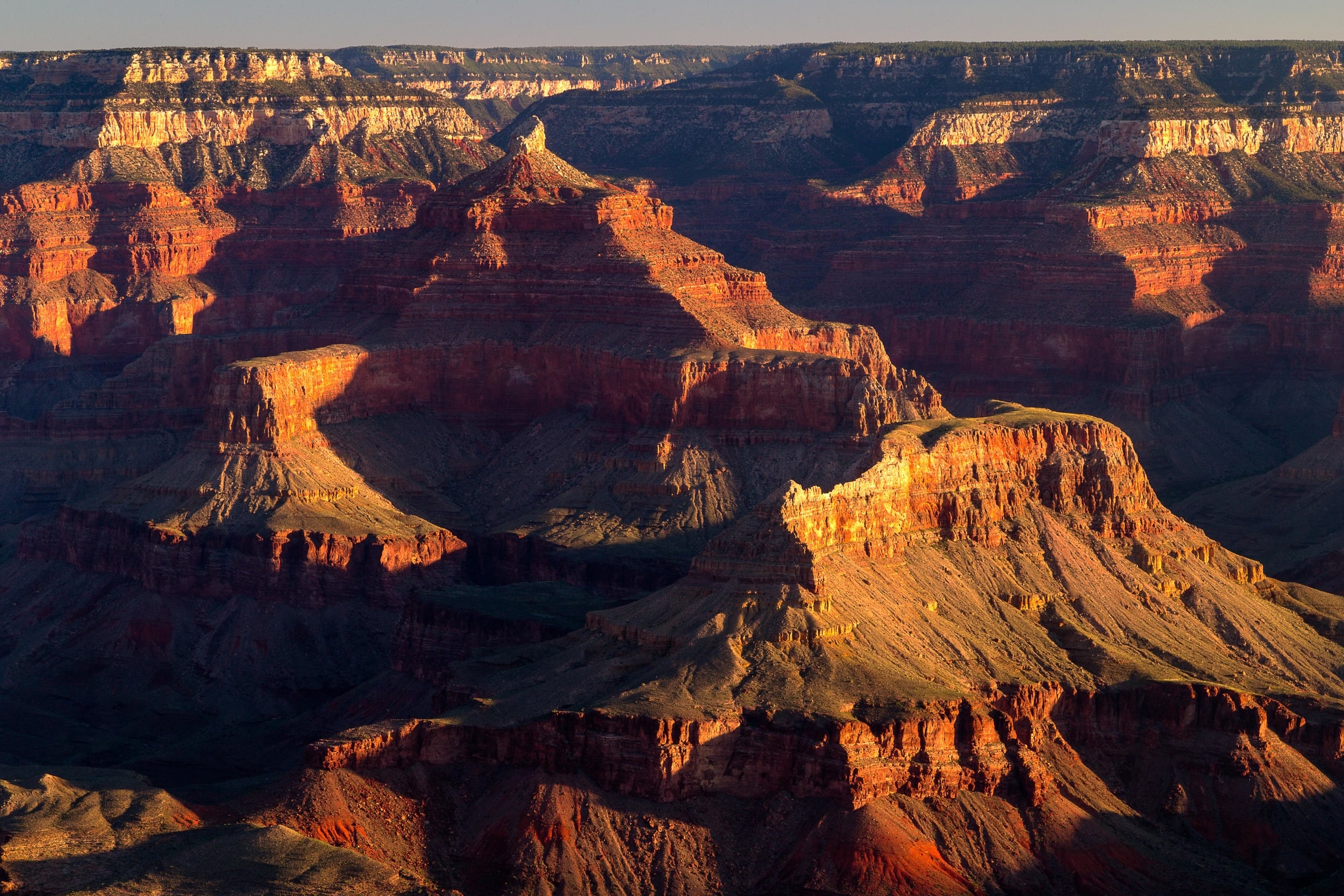 Grand Canyon (zoom).jpg