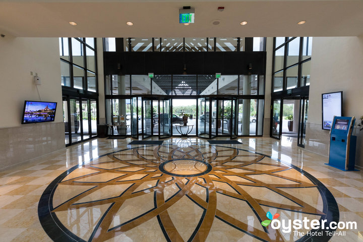 lobby--v16977995-720.jpg