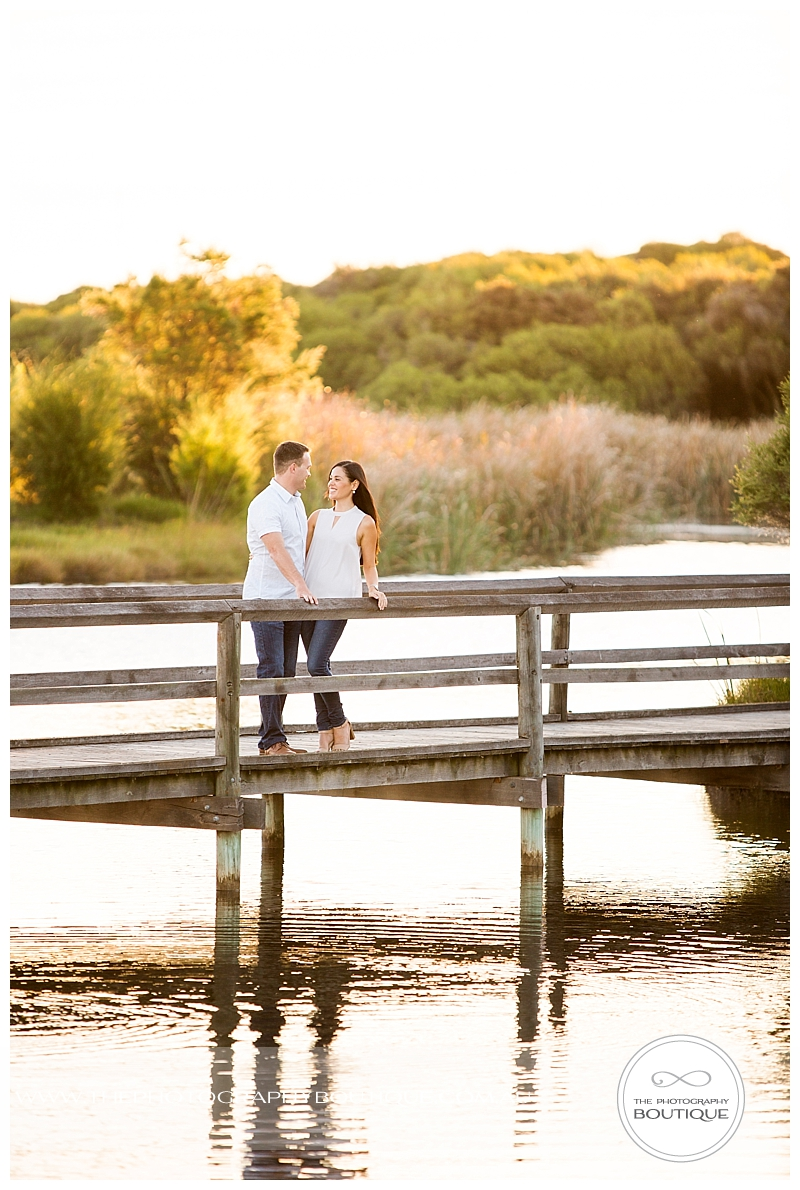 The Photography Boutique Engagement Couple Beach_0106.jpg