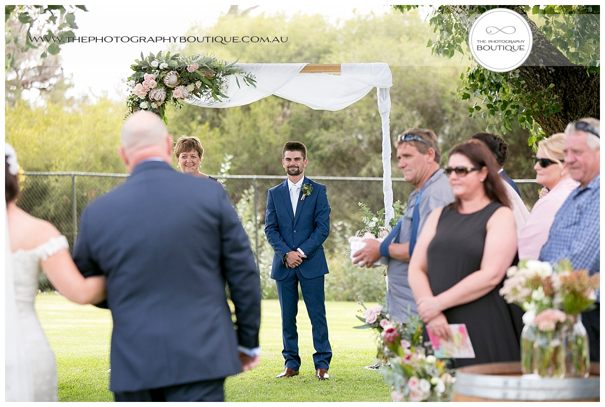 Old Broardwater Farm Wedding -59.jpg