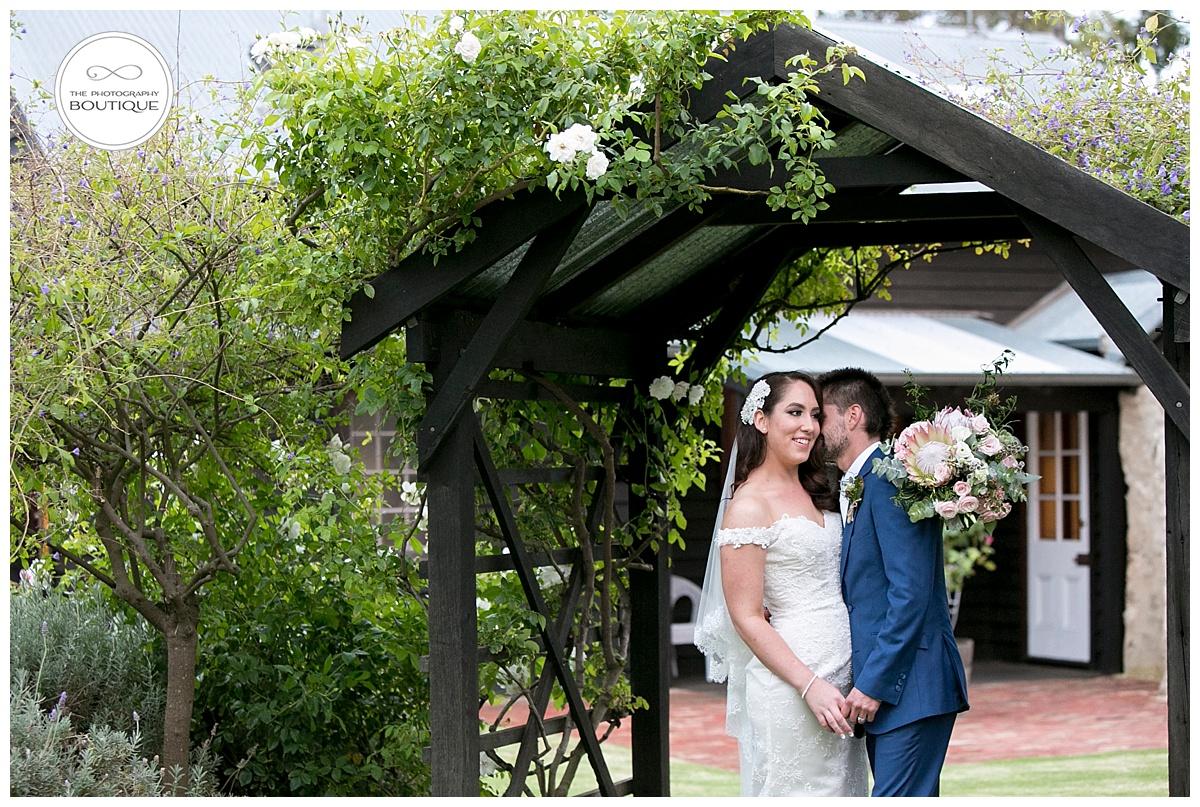 Old Broardwater Farm Wedding -114.jpg
