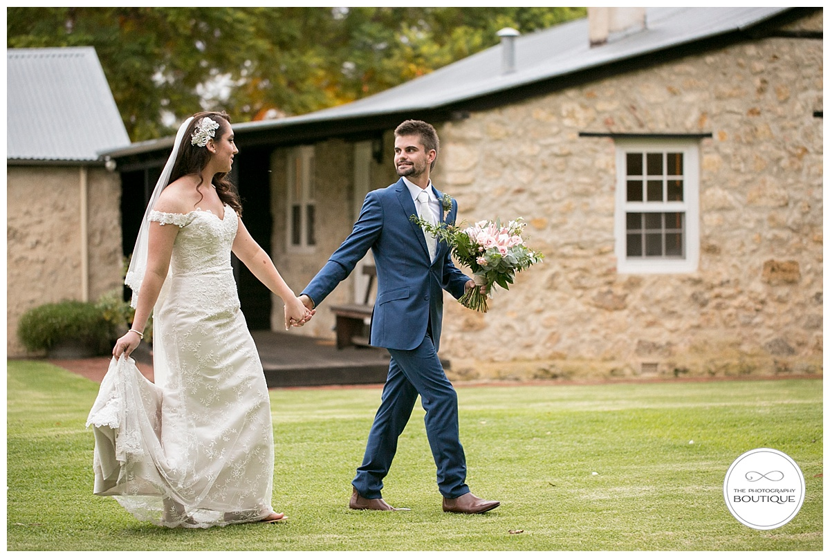 Old Broardwater Farm Wedding -116.jpg