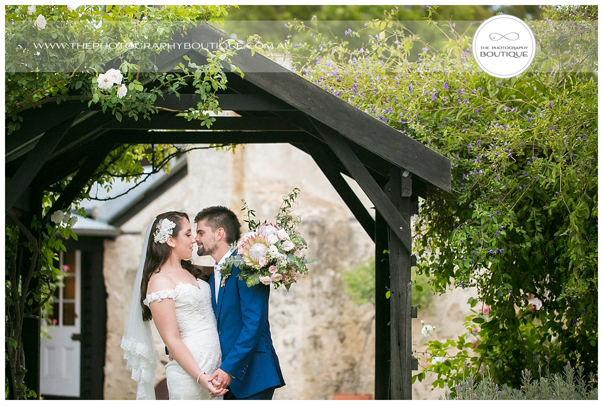 Old Broardwater Farm Wedding -115.jpg