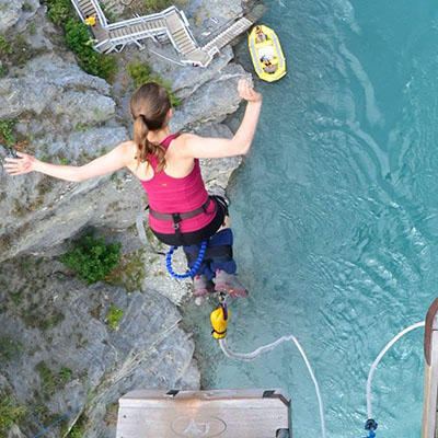 Kawarau Bridge Bungy in Queenstown, New Zealand