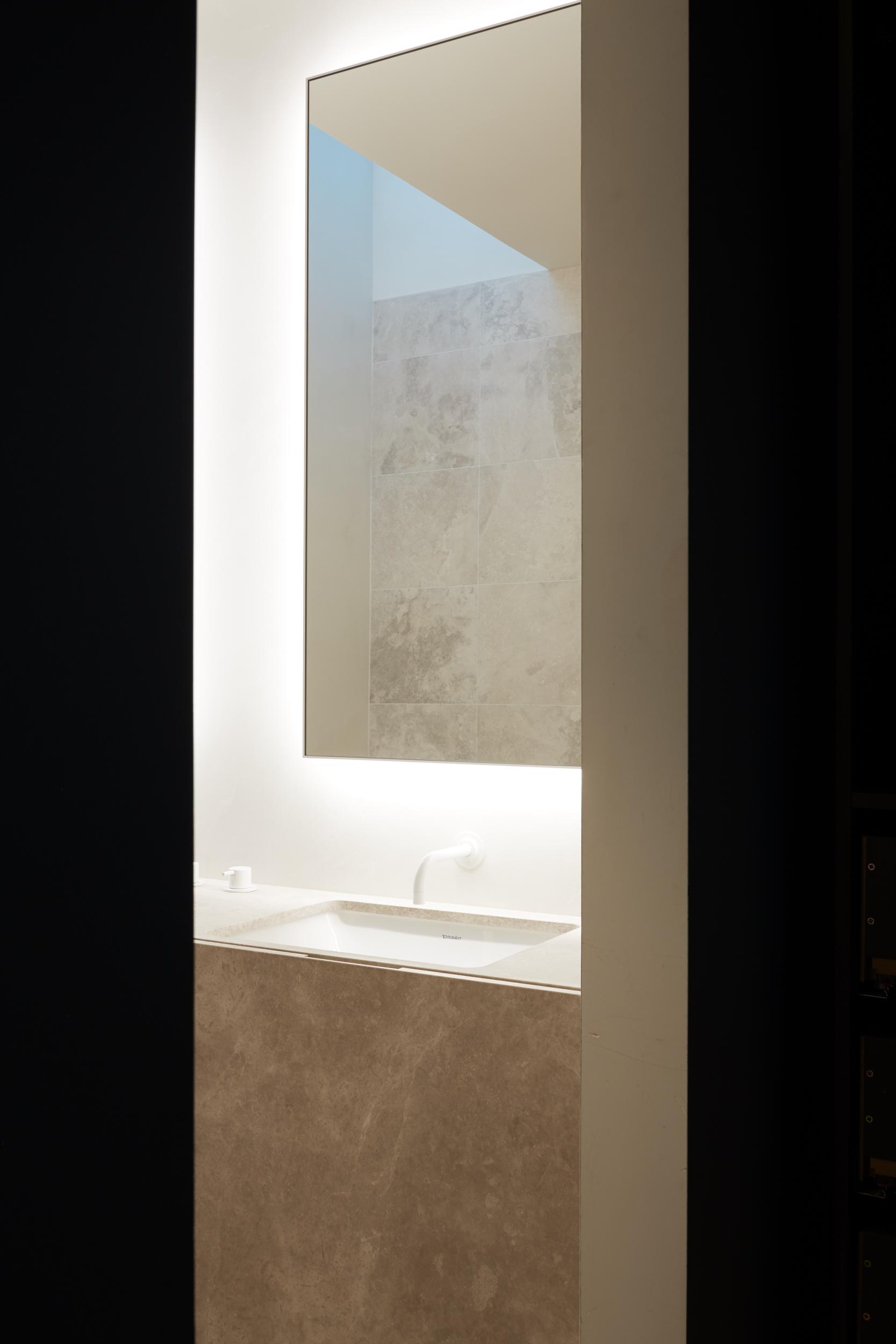 243 Valley House KMA1264 website.jpg