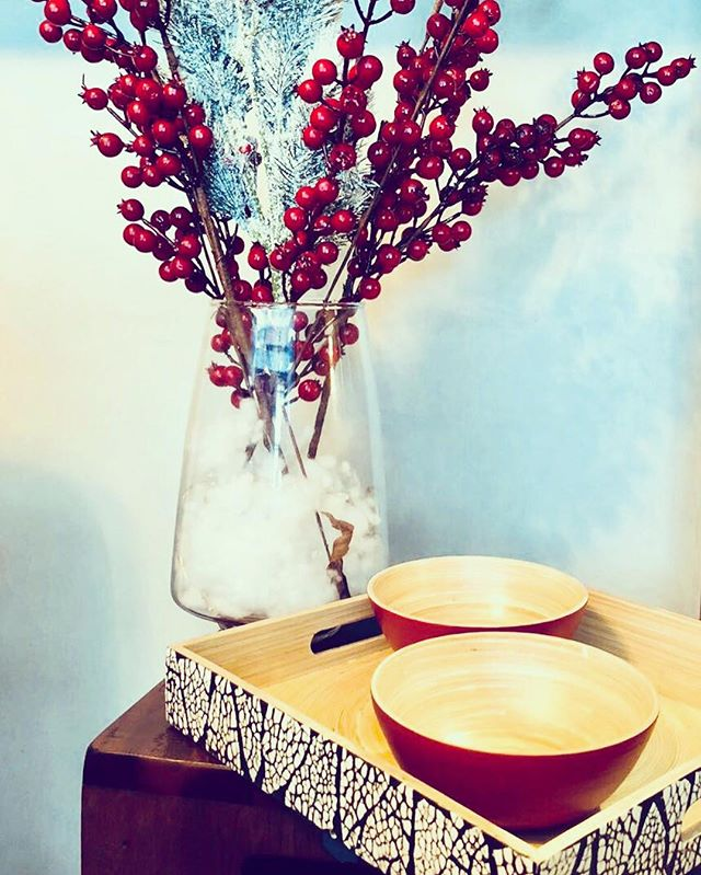 Just 5 more sleeps to #Christmas! The #luxetray and #pandapopsmall perfect for parties and don't forget that we're still running our bundle promo! #bamboo #homeware #christmasisalmosthere🎄