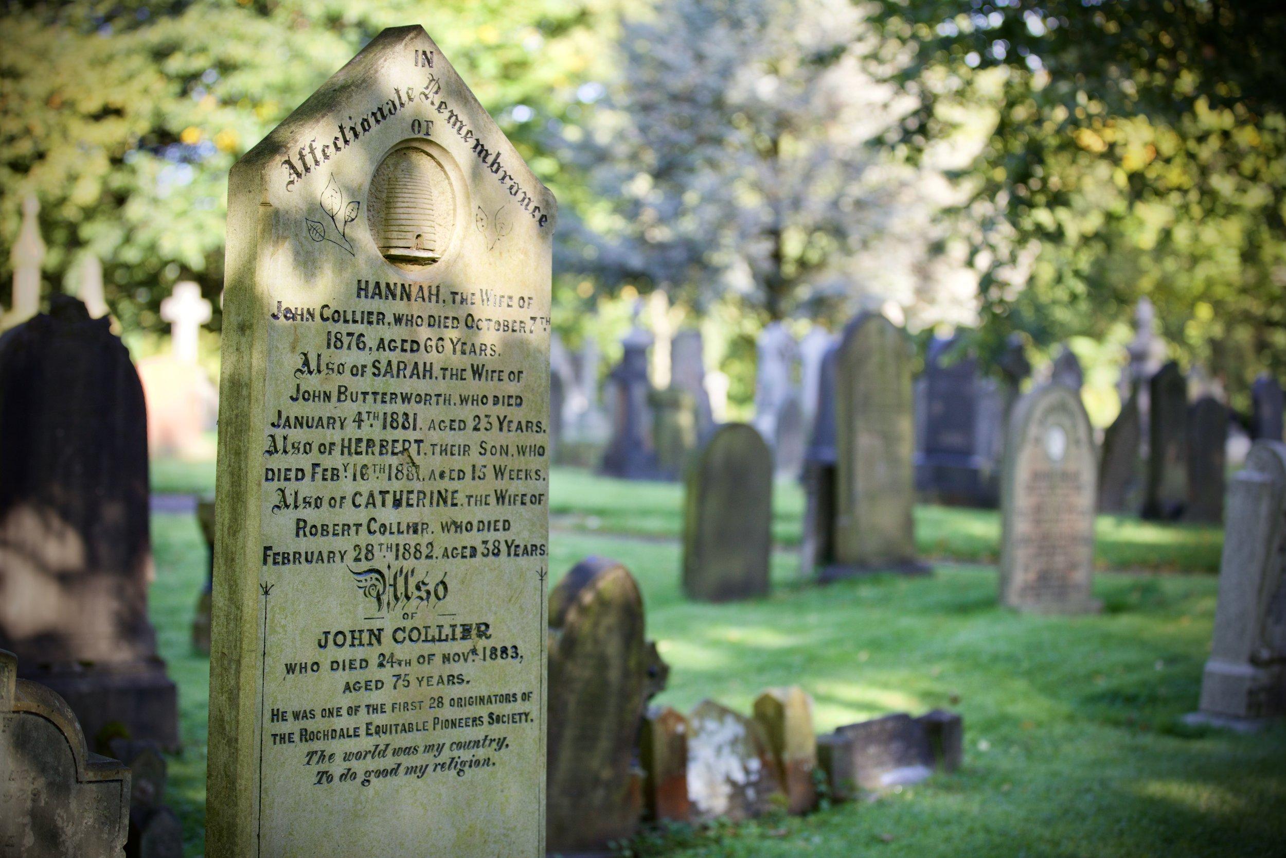 로치데일 선구자들의 묘소