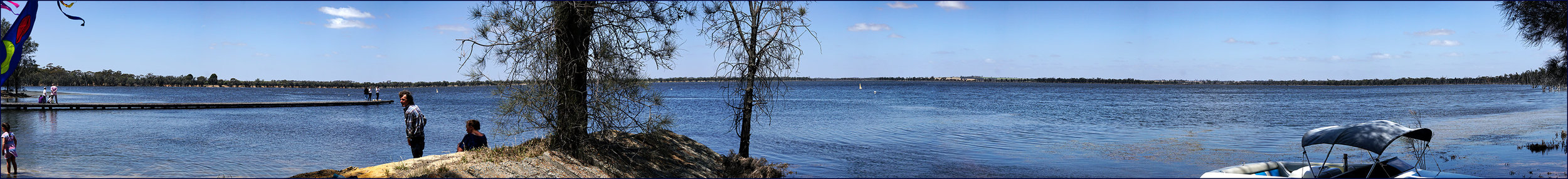 LakeYearleringPano01-3500x-c10.jpg