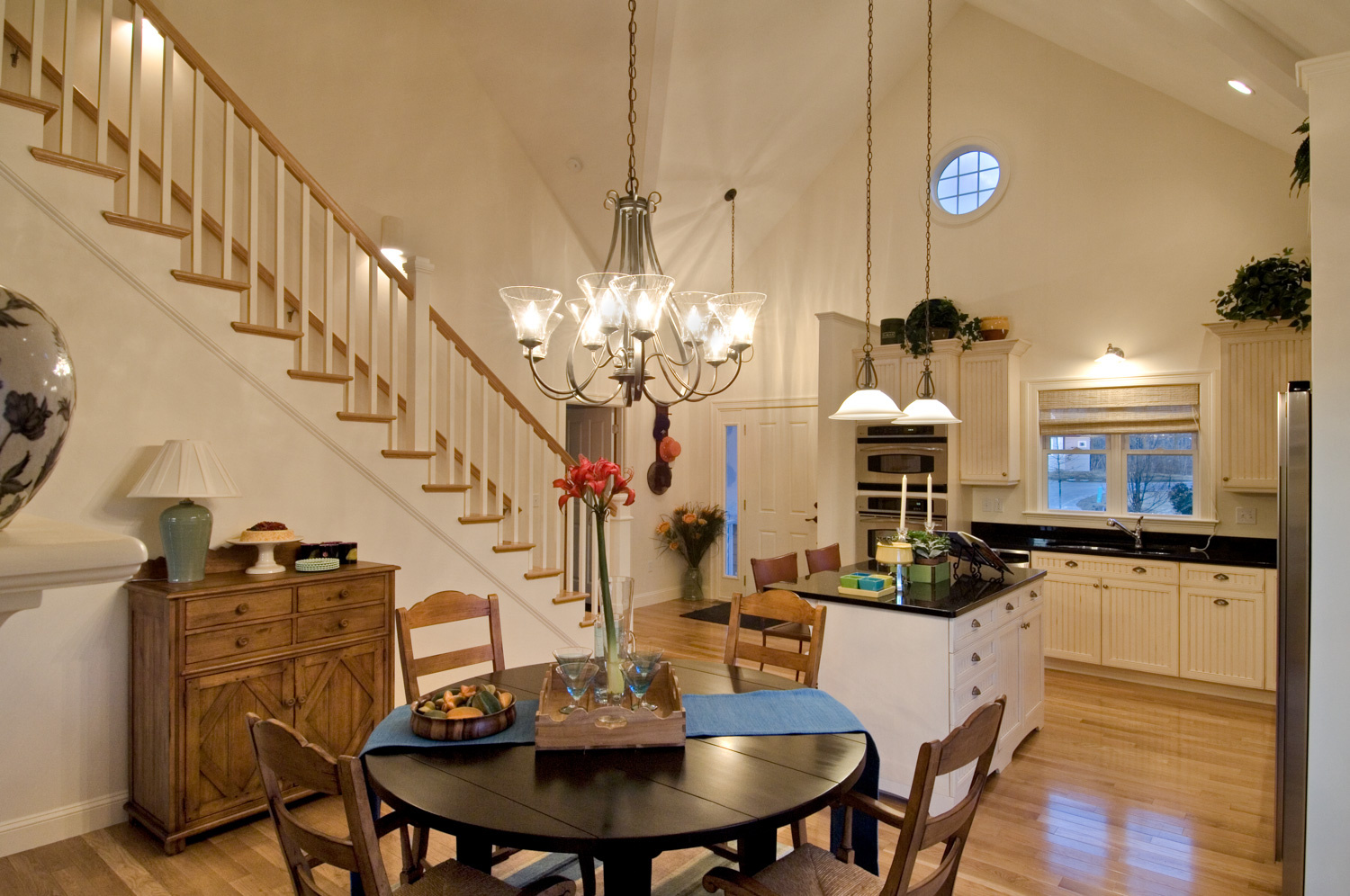 Northshore Dining Room & Kitchen